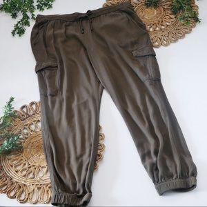 GAP Olive Green Cargo Pants